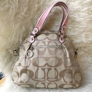 Coach Handbag in Signature Canvas with Pink